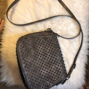 Handbags - Like new crossbody